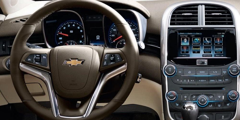 2016 Chevy Malibu Vs Ford Fusion Interior